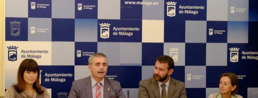 estudio ancianos atención Ayuntamiento Málaga